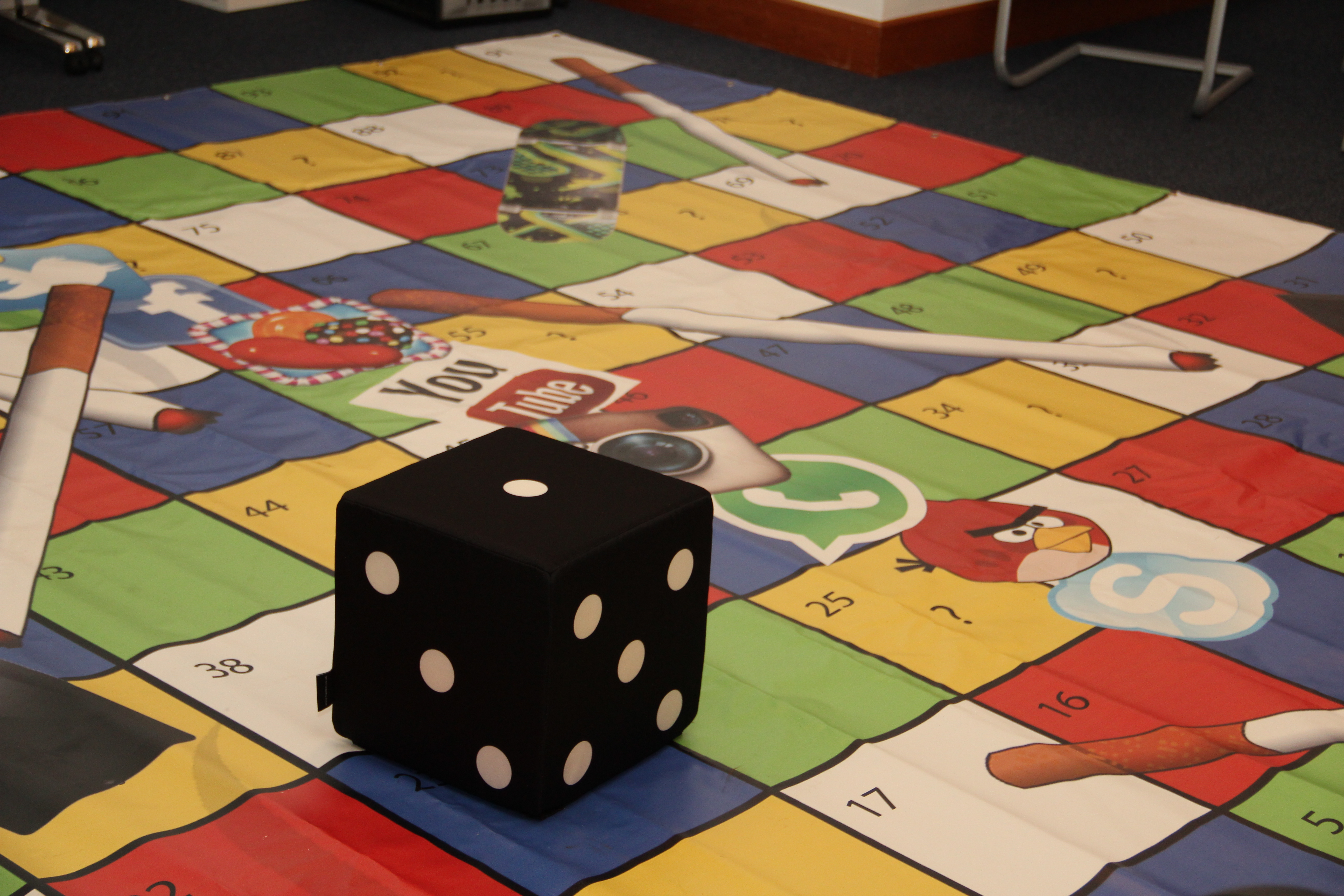 Good Picture Of Floor Game